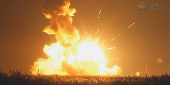 esplosione razzo antares